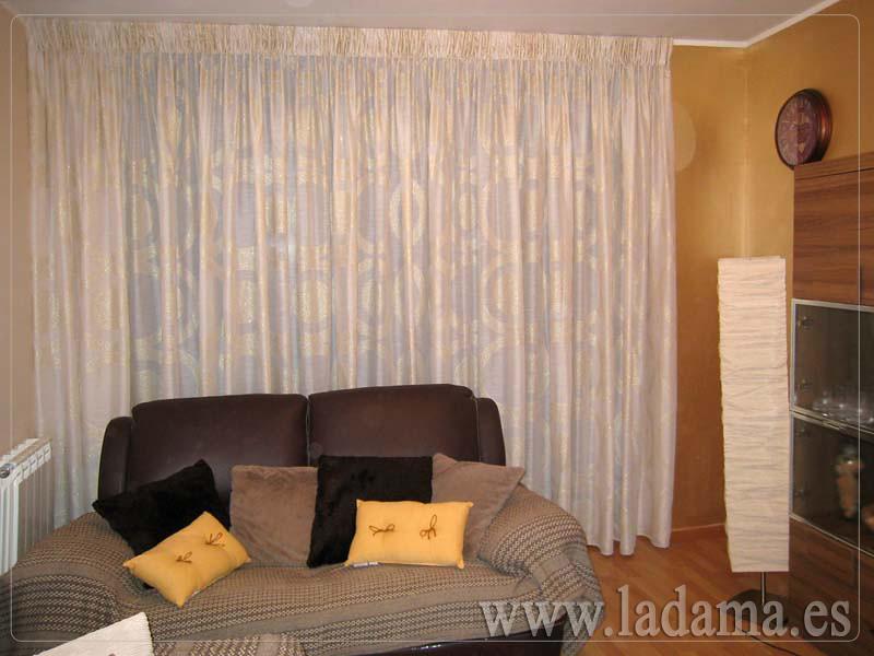 Fotograf as de cortinas cl sicas la dama decoraci n - Cortinas de salon clasicas ...
