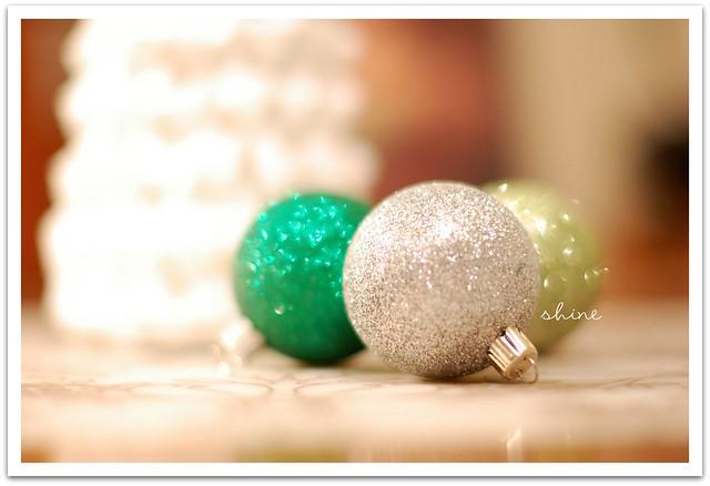 ornaments_1