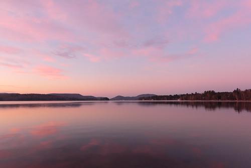 landscape wideangle dawn pink mirror reflection clouds adirondack adirondackmountains speculator upstateny newyork nystate