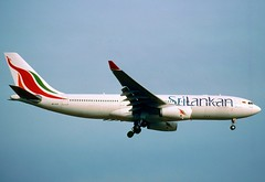 83al - SriLankan Airlines Airbus A330-243; 4R-ALB@ZRH;06.02.2000