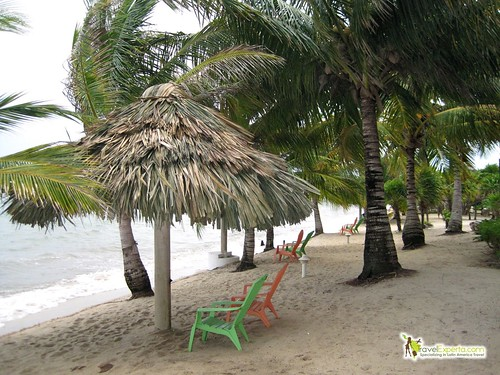 belize beachfront resort for families