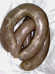 horn(0.0), boerewors(0.0), weisswurst(0.0), sausage(1.0), boudin(1.0), food(1.0), kielbasa(1.0),