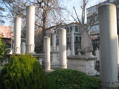 2011-06-istanbul-009-cemetery Mahmut II