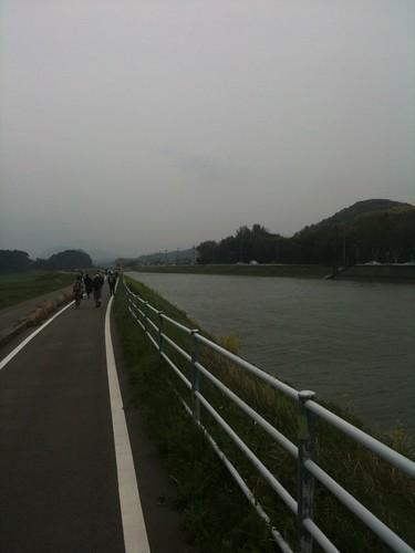 釣川沿いの遊歩道