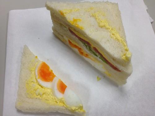 全家(溏心蛋沙拉三明治)