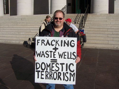 Howard Markert protests in Columbus Ohio for moratorium on fracking