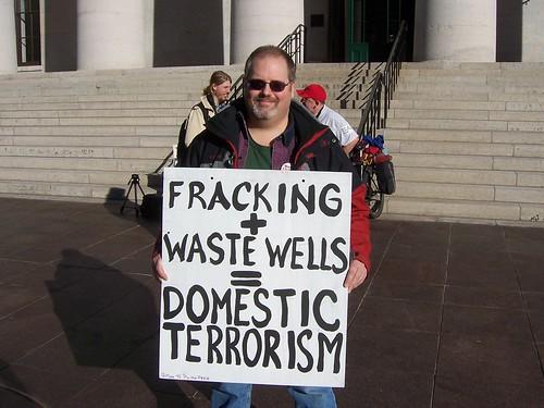 Howard Markert protests in Columbus Ohio for moratorium on fracking