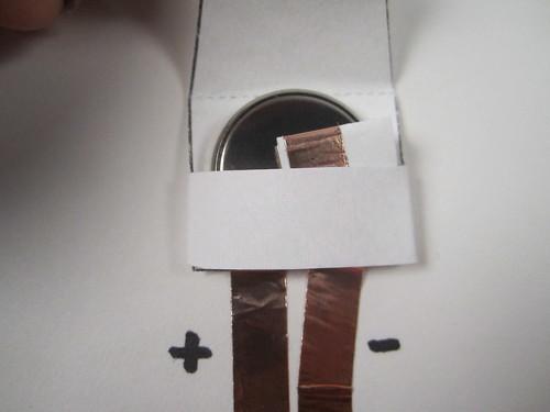 paper battery holder