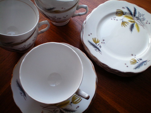 Colclough china, Stardust pattern