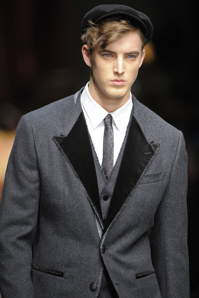 James Smith3542_FW12 Milan Dolce & Gabbana(VOGUE)
