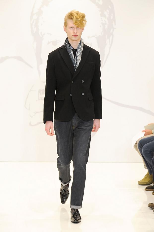 Diederik Van Der Lee3162_03_FW12 Milan Roccobarocco(fashionising.com)