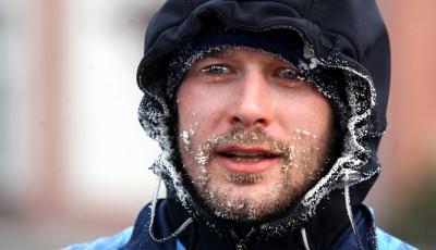 Běžci v Ostravě absolvovali v krutých podmínkách maraton