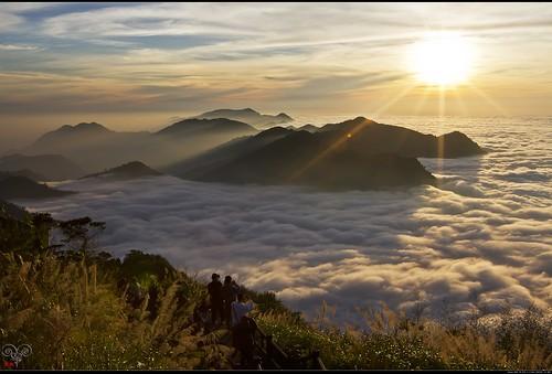 clouds canon landscapes taiwan 夕陽 台灣 風景 阿里山 雲海 obliquelight 佳能 芒草 星芒 隙頂 allenyang 黑輪羊 聯絡:allenabcmsahinetnet