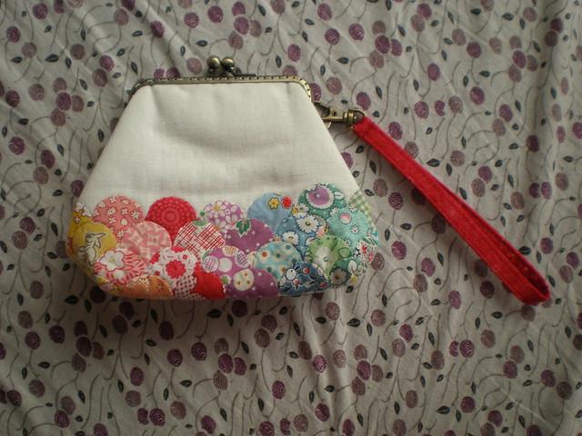Clamshell EPP pouch rec'd
