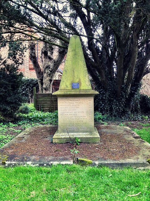 Hoppers memorial, Hadlow