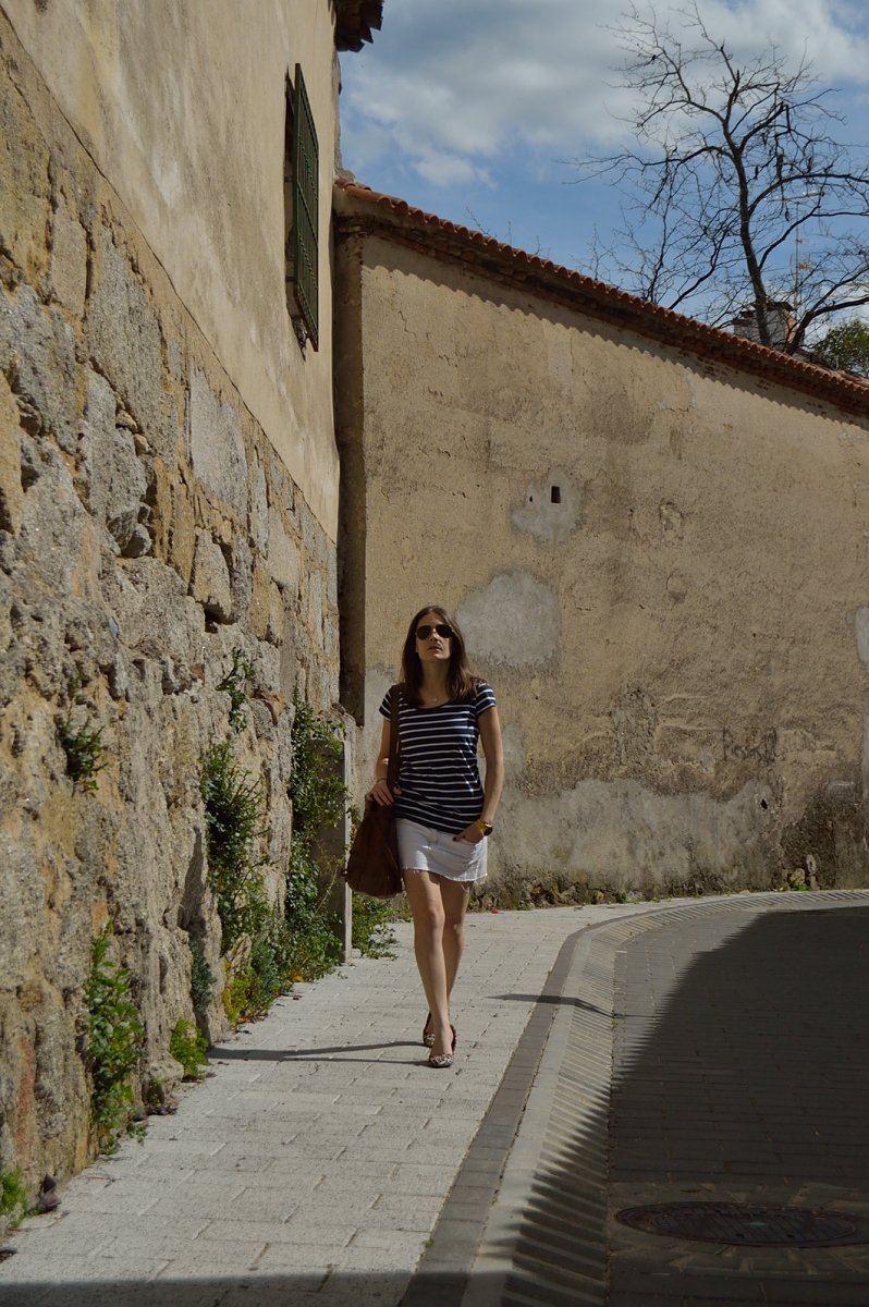 lara-vazquez-madlula-blog-stripes-blue-look