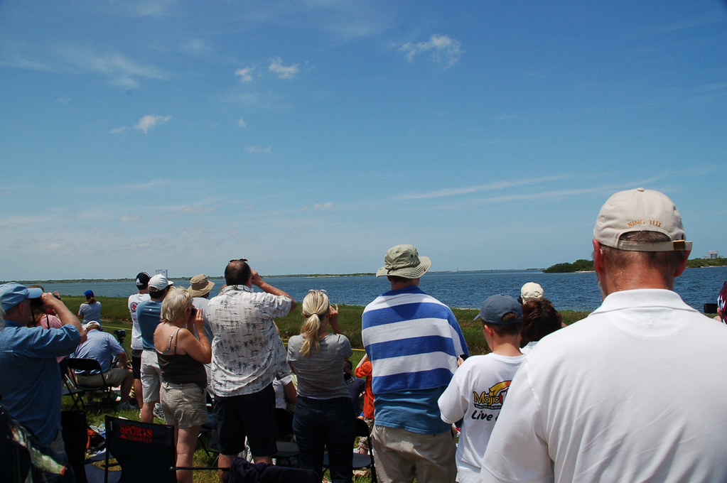 Crowds waiting for shuttle launch