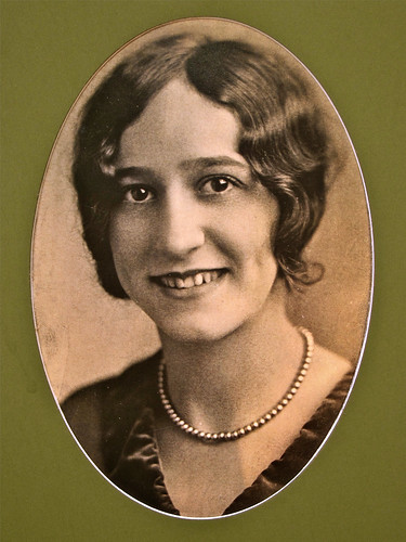 Alice Zabelin Gold (photo circa 1927)