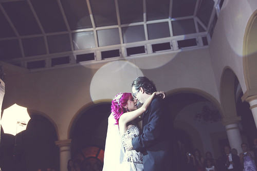 Susana Carlos 39 gothicinspired wedding with tango