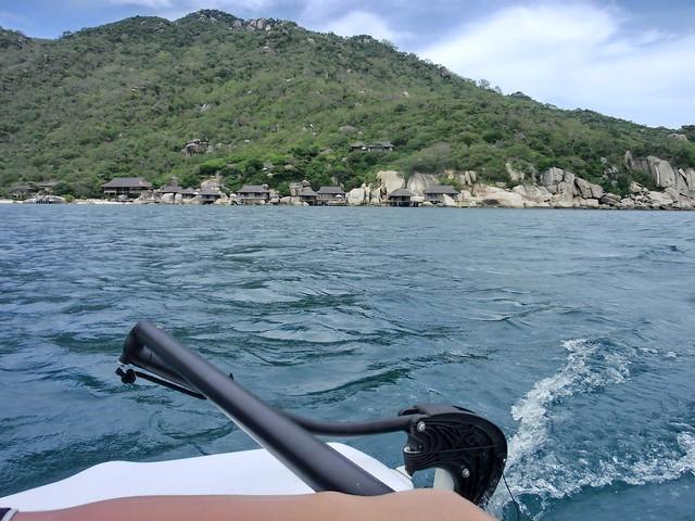 カタマラン(catamaran yacht)に挑戦! シックス センシズ ニン ヴァン ベイ(Six Senses Ninh Van Bay)