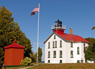 The Grand Traverse Lighthouse [2/2]