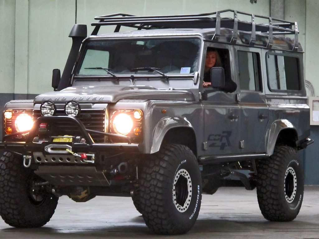 Lifted Defender 110 >> Corsetti Engineering | COR4's most interesting Flickr photos | Picssr