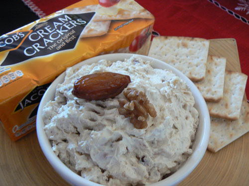 dates and walnuts dip.jpg