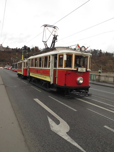 Lovely old trams in Prague by ursh_e