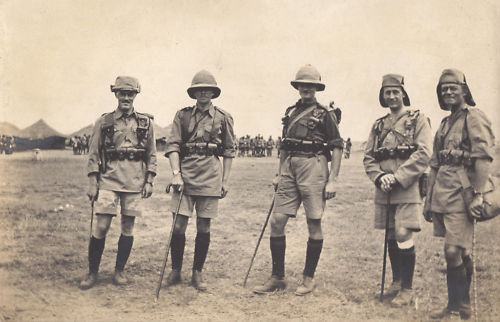 A group of 2 KAR officers