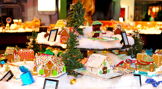Gingerbread Houses at Discovery Science