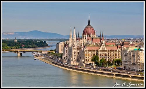Budapest by José E.Egurrola/www.metalcry.com