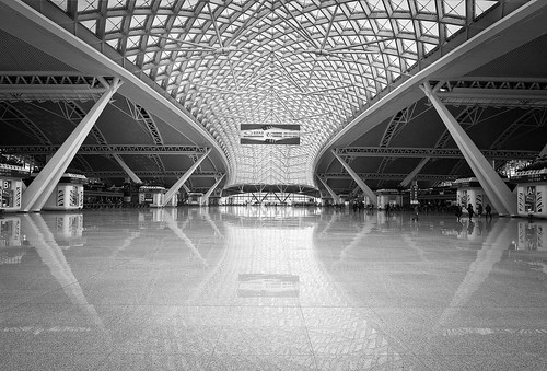广州高铁车站 Guangzhou High-Speed Railway Station