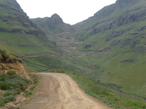 Cycling Sani pass (8)