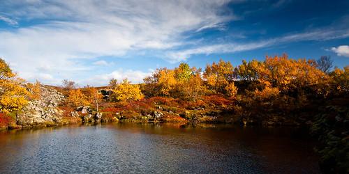 water þingvellir sigma1770 colors autumn canoneos400d iceland 2011