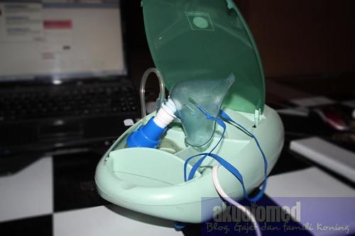 Mesin Nebulizer unutk rawatan Asma