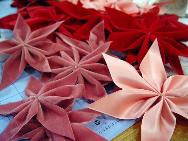 Poinsettia wreath flowers