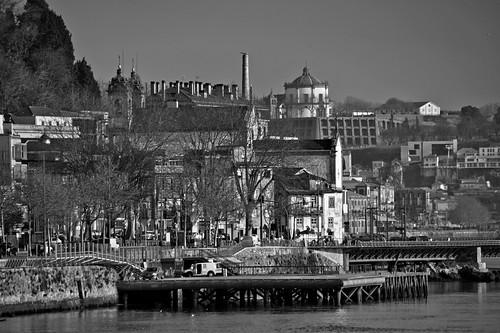 Porto e Gaia by @uroraboreal