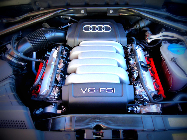 2011 audi q5 v6 engine by unofficial audi blog flickr photo sharing. Black Bedroom Furniture Sets. Home Design Ideas
