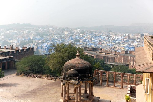 Smoggy view of Jodhpur (see why it's called the Blue City?)