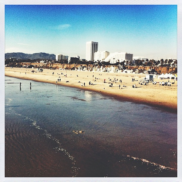 A little view of Santa Monica today, taken from the pier.