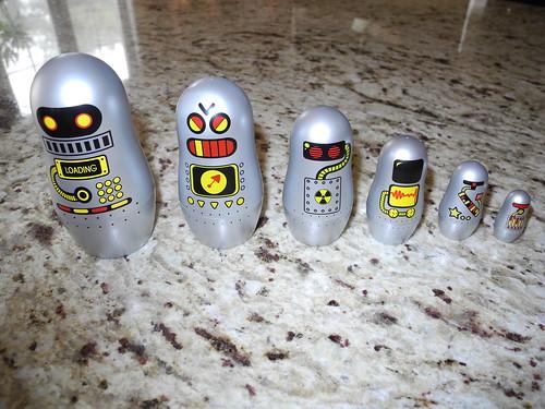 Nesting Robots by midgefrazel