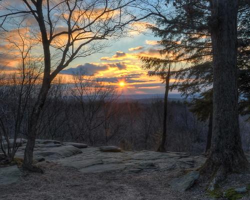 sunset ohio nature nikon overlook hdr circularpolarizer cuyahogavalleynationalpark virginiakendall cvnp photomatix tonemapped peninsulaohio capturenx2 ledgesoverlook
