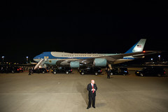 Air Force One Touches Down in Tokyo