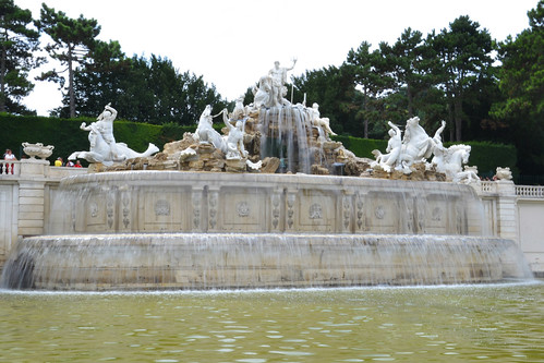 Fuente de Neptuno en Schonbrunn
