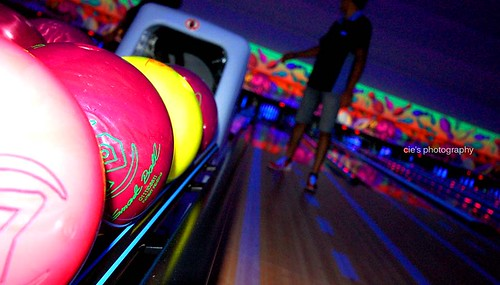 bowling 27.11