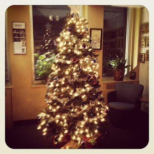 Ye olde Pilot Christmas tree