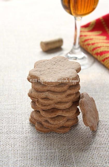 Biscotti di riso rosso al vino passito
