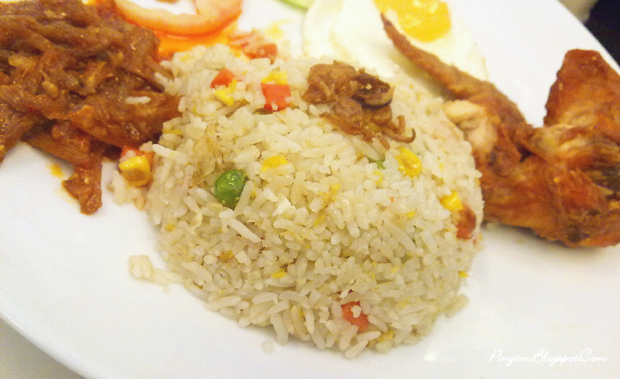 De Asian Cafe Special Fried Rice