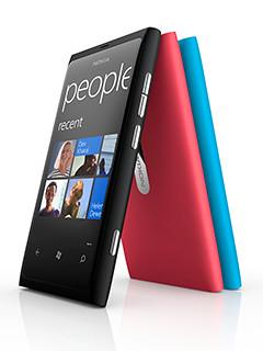 Nokia Lumia 800 comes in vivid colours