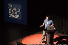 Viet (Jon) Nguyen of NASA presents Eyes on the Solar…